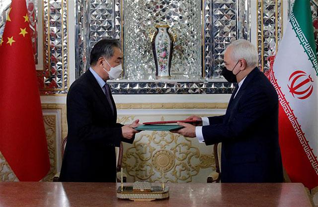 امضای سند همکاری 25 ساله ایران و چین